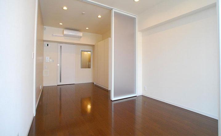 30平米の部屋に一人暮らしは狭い?広い?よくある間取りからインテリア事例も紹介