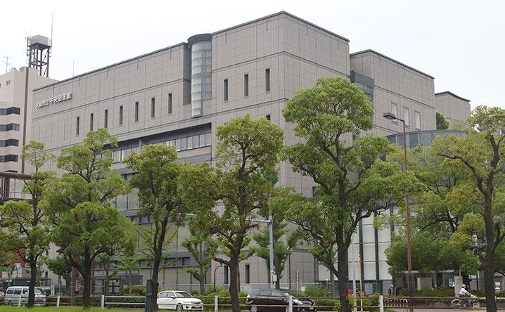 大阪市立中央図書館